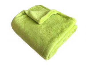 V zeleném jednobarevném odstínu kvalitní Super soft deka Dadka pistácie,