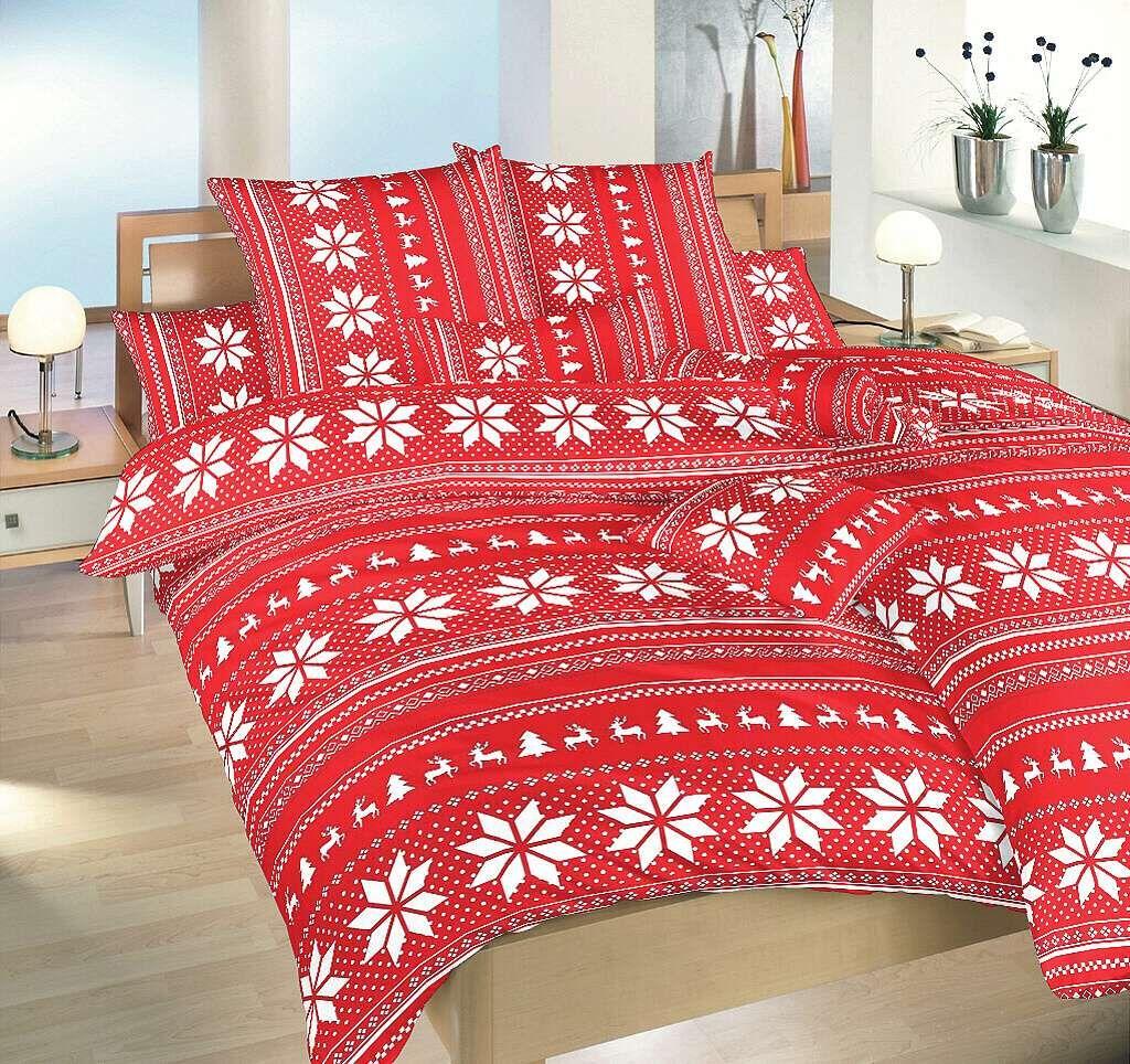 Vánoční flanelové povlečení Sobi červení v červené barvě s obrázky sobů a vloček, Dadka